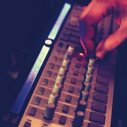 CONCERT CONFÉRENCE : L'HISTOIRE DES TECHNOLOGIES MUSICALES