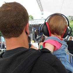 Campagne Hein?! sur les risques auditifs dans les salles de spectacles
